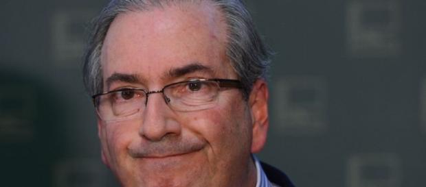 Eduardo Cunha renuncia à presidência da Câmara | Cotidiano ... - acritica.com
