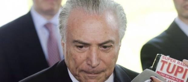 Entra Temer. As mulheres saem | CLAUDIA - com.br