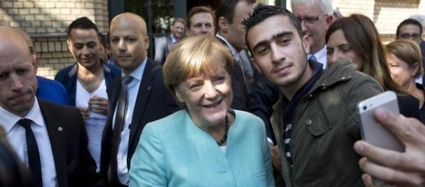 Es reicht, Frau Merkel. Treten Sie zurück! (Fotoverantw./URG Suisse: Blasting.News Archiv)