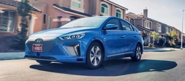 Hyundai apresentou o Ioniq autônomo no CES 2017, que pode ser integrado ao Healthcare Cockpit