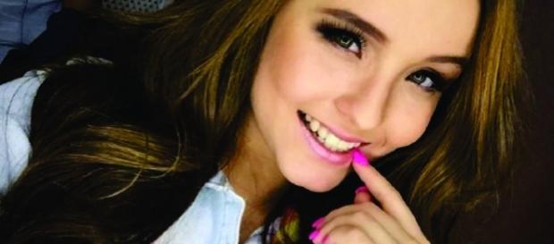 Larissa Manoela corta o cabelo para filme 'Meus 15 anos