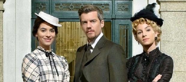 Teresa, Mauro e Cayetana soap opera