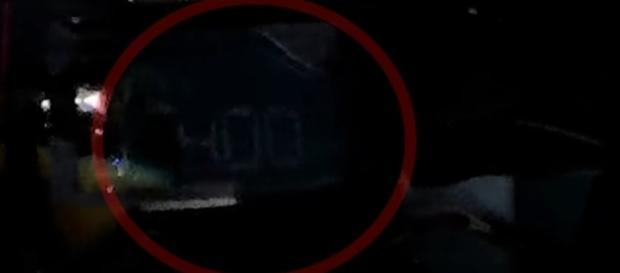 Velocímetro da Kawasaki Ninja H2R marca 400 km/h cravados