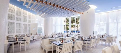 Reminiscent of a Greek taverna seaside, Atlantikos is the newest restaurant at the St. Regis
