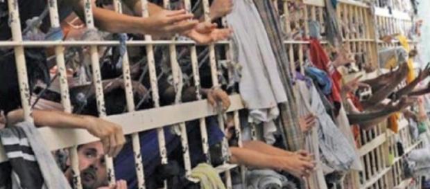 Mais de 30 presos são mortos em Roraima