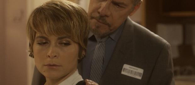 Cláudia Abreu e José Mayer em A Lei do Amor