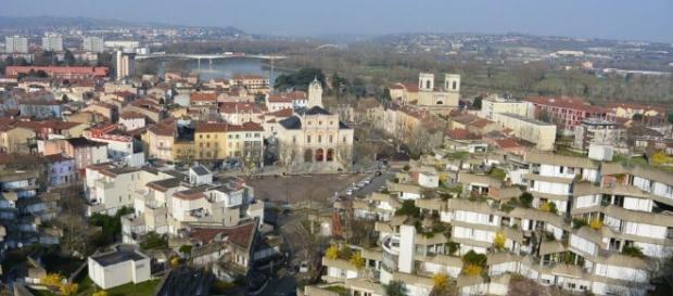 Givors, une ville pauvre où les aides sont quelquefois capitales ... - leprogres.fr
