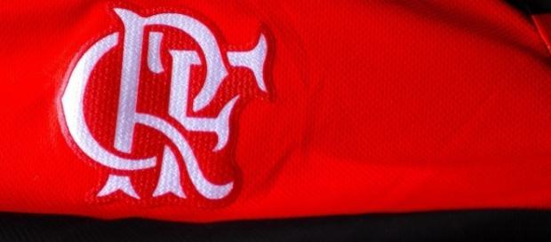 Volante Rômulo deve assinar com o Flamengo em breve