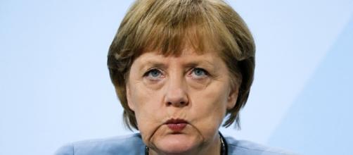 Il vicecancelliere tedesco ha criticato le politica di Angela Merkel