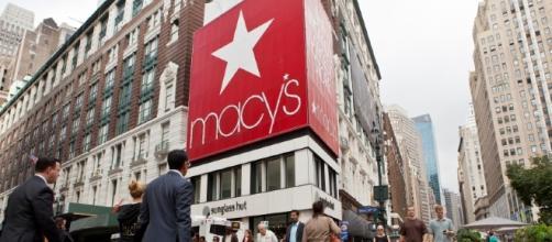 Maior rede varejista dos Estados Unidos fechará dezenas de lojas no país