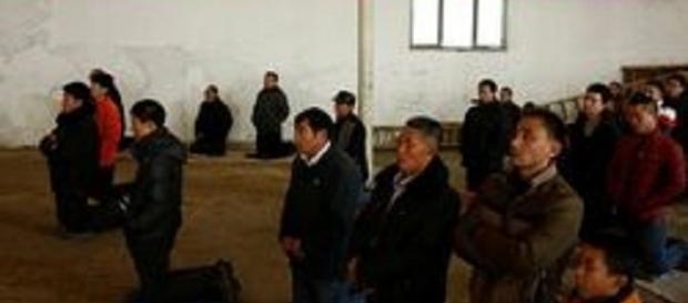 Cristãos chineses são espancados