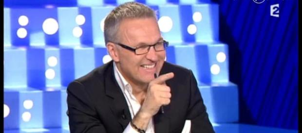 Laurent Ruquier sait faire tourner son émission. La qualité des chroniqueurs, c'est autre chose - allocine.fr