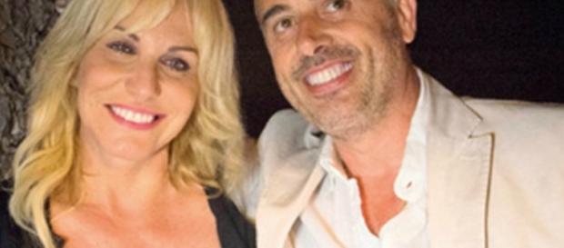 Antonella Clerici pubblica il primo selfie con Vittorio Garrone.