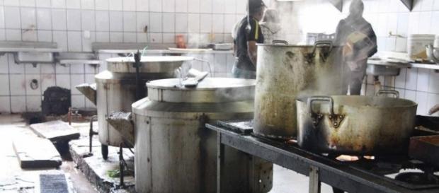 Dois corpos foram enterrados na ala da cozinha do presídio de Roraima