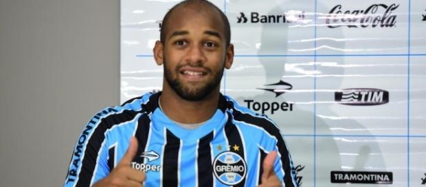 Fellipe Bastos em sua passagem pelo Grêmio