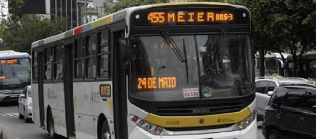 Ônibus 455 da linha da Zona Sul do Rio de Janeiro