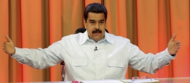 Salário mínimo dos venezuelanos vai aumentar 50% a partir de setembro - dinheirovivo.pt