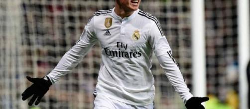 Real Madrid pondría en el mercado a James Rodríguez y a Isco Alarcón - buhola.com