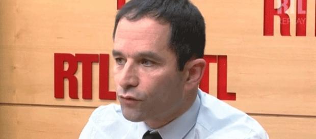 Benoît Hamon voudrait que les électeurs, par pétition débouchant sur un référendum, puisse sanctionner les lois