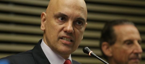 Ministro da Justiça convoca reunião com secretários de segurança