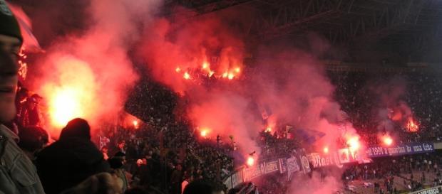 Napoli vs Spezia [image: upload.wikimedia.org]