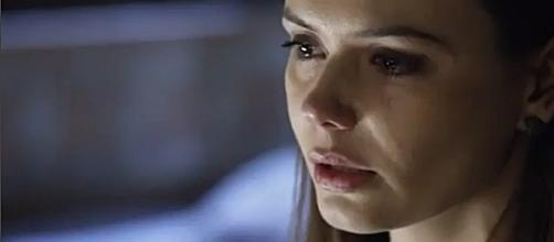 Em 'O Rico e Lázaro', Dana sofre e esconde o seu problema terrível dos pais