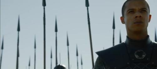 An interesting 'Game of Thrones' theory explained. Image Credit: Game of Thrones / YouTube