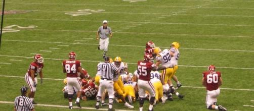 LSU should not be this bad. [Image by Raveller / Wikimedia Commons]