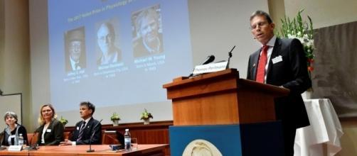 Nobel de médecine: des spécialistes américains de l'horloge ... - rfi.fr