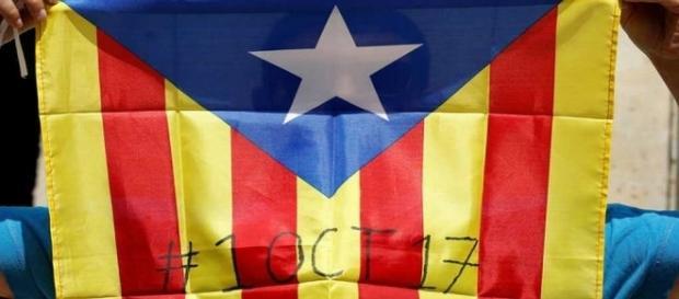 El tribunal constitucional de España ha declarado esta consulta como ilegal. Sin embargo, los catalanes han salido a votar.