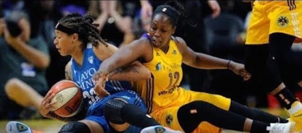 The Lynx and Sparks got at it in Game 4 of the WNBA Finals on Sunday night. [Image via WNBA/YouTube]