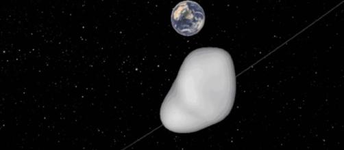 A massive asteroid will fly near to Earth on Thursday [Image via YouTube/ Qronos16]