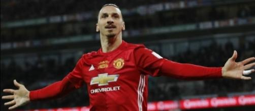 C'est officiel, Ibrahimovic prolonge à Man Utd ! - beIN SPORTS - beinsports.com