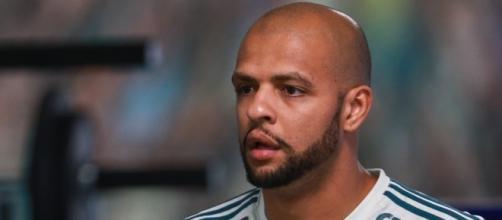 Felipe Melo pode voltar contra o Bahia