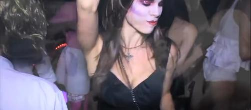 It is not too late to host an adult Halloween party this year. Photo by VideoLifeWorld/Youtube