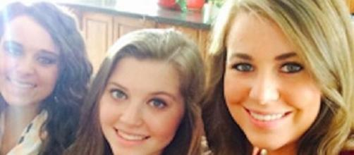 "Jana Duggar 'boyfriend' buddies with Josh Duggar, flounts ""19 Kids and Counting"" courtship? [Image via TLC/Youtube screencap]"