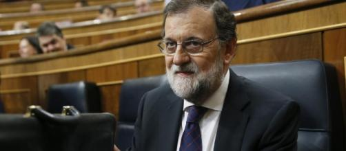 Mariano Rajoy convoca a sus ministros, imagen de elmundo.es