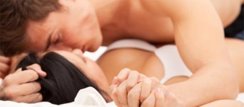O hormônio do bem-estar (endorfina) é liberado durante as relações íntimas