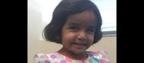 Three-year-old girl missing after father put her out of house during night [Image: DA Point News/YouTube screenshot]