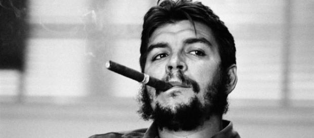Ernesto Che Guevara, guerrilheiro que será homenageado na Bolívia