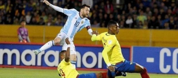 Leo Messi anotó los tres goles de Argentina - tiempodesanjuan.com