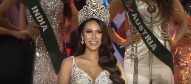 Miss Earth 2015 Angelia Ong, Image Credit: Miss Earth / YouTube
