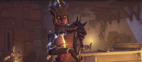 The new Symmetra 'Overwatch' Skin. (image source: PlayOverwatch/YouTube)