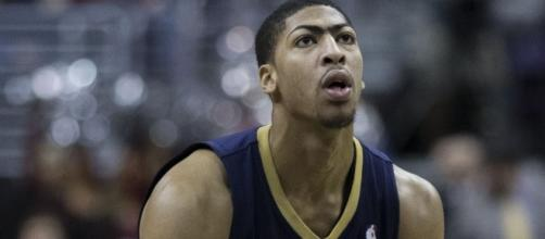 Anthony Davis, Pelicans at Wizards 2/22/14 [Image by Keith Allison Wikimedia Commons  Cropped   CC BY-SA 2.0 ]