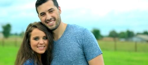 """""""Counting On"""" fans love Jinger Duggar and Jeremy Vuolo's relationship. [TLC/ YouTube screencap]"""