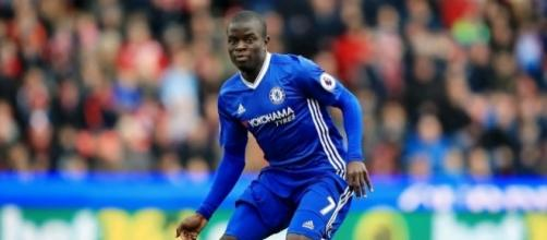 Kanté élu joueur de l'année par la presse anglaise - madeinfoot.com