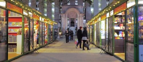 New York City's Bryant Park holiday shops are set to reopen in late October, 2017. [Image credit via YouTube/RayaWasHere]