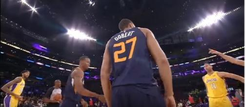 Rudy Gobert on Tuesday night against the Lakers (Image Credit: MLG Highlights/YouTube)