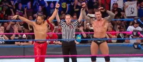 Shinsuke Nakamura and Randy Orton teamed up on the latest 'SmackDown Live' episode. [Image via WWE/YouTube]