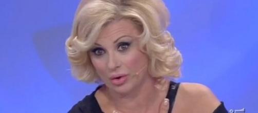 """Tina Cipollari via da """"Uomini e donne"""" per un altro programma tv ... - ilmessaggero.it"""